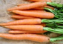 Karotten, Möhren, Karottengrün