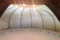 Hier sähe man ein Foto der Sand-Arena.