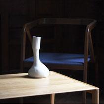 alcyone, anne merceron, guillaume larreur, design, sizun, bretagne, vase, porcelaine, quentin marais, émail, bleu, paris design week 2014, contemporain