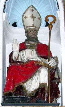 Duomo: Statua San Nicola in cartapesta