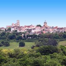 Restaurant Vézelay au coeur du village, au pied de la Basilique, dans l'Yonne