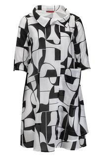 Sommerkleid mit kleinem Kragen und 3/4-Arm in schwarz/weißem Stoffdesign