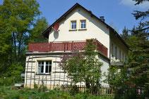 Bild: Rotes Haus Wünschendorf Erzgebirge