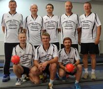 hinten von links: Uwe Schneider, Gerd Reinhold, Jens Ackermann, Jens Köhler, Matthias Dietrich; vorn von links: Matthias Reichel, Nico Brödner und David Osbahr