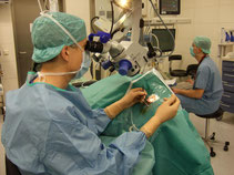Werner bei der Arbeit in der Augenklinik Ludwigshafen