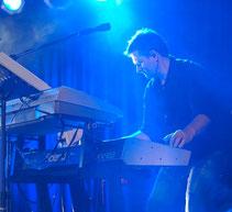 Peter Fett - Gini & the Tone-X