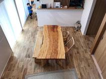 トチ 一枚板 テーブル 広島