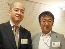 岩崎夏海さん(左)とわたし。2013年6月のドラッカー学会総会にて。無名だろうが有名になろうが、その態度や発言にはまったく変わりがない。テレビに出ても、プライベートでも、彼は「いつもの彼」なのだ。