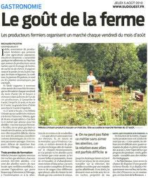 Article de presse sur l'organisation d'un marché des producteurs fermiers locaux chaque vendredi du mois d'aout