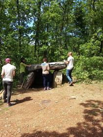étude sur un dolmen