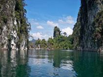 Kombinieren Sie Strandurlaub mit Dschungelabenteuer in Thailand.
