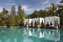 Erleben Sie Erholung pur in Ihrem exklusiven Luxus-Resort in Khao Lak.