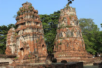With a trip to Ayutthaya you will experience a great cultural site.