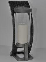 Gebogene Grableuchte mit Glaszylinder