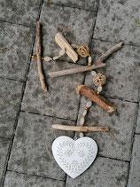 Schwemmholz Girlande Romantic Heart