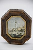 8eckiger dunkelbrauner Holzrahmen Goldrand Venedig Marcusplatz auf Stoff gedruckt