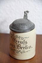 kleiner alter Bierkrug Gruß aus Berlin Zinndeckel RM Reinhold Merkelbach Davidstern