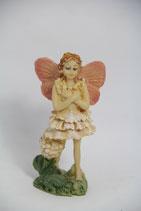 Fee mit rosa Flügeln Elfe Blumenkind Figur