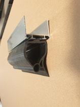 Profil alu pour partie basse de la porte sectionnelle  (40mm d epaisseur (hauteur de profile 25mm) avec joint bas pour sécurité optique
