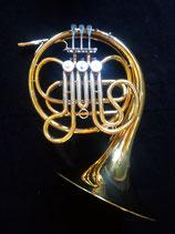 F - Waldhorn - Messing, lackiert - mit Koffer