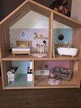 Puppenstube mit Möbel