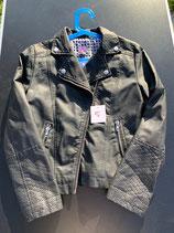 Schwarze Jacke in Lederoptik von F&F NEU (5)