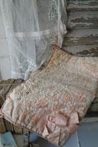 Zauberhafter antiker Taschentuchbehälter Frankreich