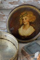 Shabby: Sehr alte runde Blechdose Frankreich