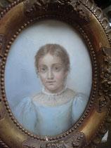 Zauberhaftes antikes Pastell Porträt eines jungen Mädchens