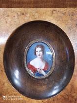 Ritratto di donna su biscuit