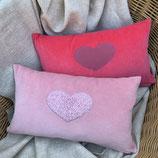 KuschelKissen ~ NICKY ~ rosa mit rosa Plüsch-Herz-Applikation