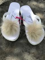 """Flip Flop weiss """"belle de neige"""", Grösse S, 36-38 mit Pompon"""