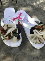 Flip Flop weiss, Grösse 36-38, Flores aus einem Seidenfoulard.