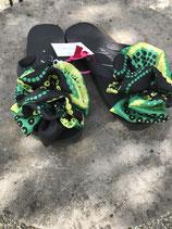 Flip Flop schwarz, Grösse 36-38, Flores aus einem Seidenfoulard