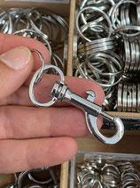 Schlüsselring 20mm mit Karabiner länglich