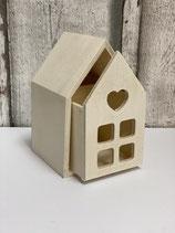 Holz-Herzchen-Haus mit Schublade