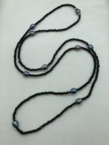 Spinellkette mit schwarzen Süßwasserzuchtperlen