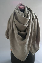 45. Schal Quadrat Oliv Baumwolle ca 140 cm