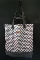 42. Freizeittasche Dreiecke grau Baumwolle/ matt dunkelgrau
