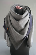 25. Schal Quadrat Jersey grau/dunkelblau Baumwolle ca 140 cm