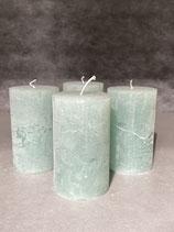4 Kerzen durchgefärbt jade 60/100mm Brennzeit 38Std