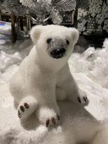 Eisbär sitzend 17x19cm