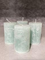 4 Kerzen durchgefärbt jade 50/80mm Brennzeit 20Std