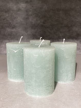 4 Kerzen durchgefärbt jade 70/100mm Brennzeit 45Std