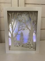 LED Deko Leuchtrahmen zum Stellen Wald/Haus/Tiere 20cm
