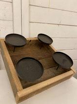 Kerzenhalter Holz für 4 Kerzen dia 8cm 25,5x25,5cm