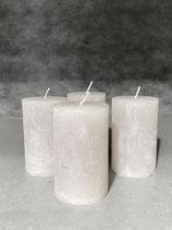 4 Kerzen durchgefärbt warm grey  50/80mm Brennzeit 20Std