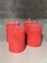 4 Kerzen durchgefärbt rot 70/100mm Brennzeit 45Std