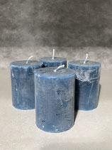 4 Kerzen durchgefärbt dunkelblau 60/80mm Brennzeit 28Std