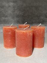 4 Kerzen durchgefärbt cognac 70/100mm Brennzeit 45Std